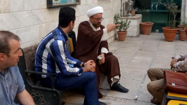 بازدید معاون تربیت بدنی شهرداری از مسجد و حوزه علمیه حضرت ابوطالب علیهالسلام