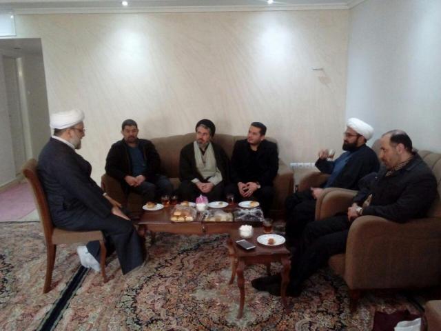 دیدار فرمانده ناحیه مقاومت بسیج حبیب بن مظاهر با حجت الاسلام سینایی