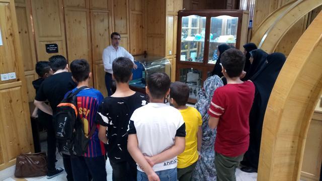 بازدید دانش آموزان مسجد حضرت ابوطالب علیه السلام و والدین از موزه آسمان نمای حرم حضرت عبدالعظیم علیه السلام